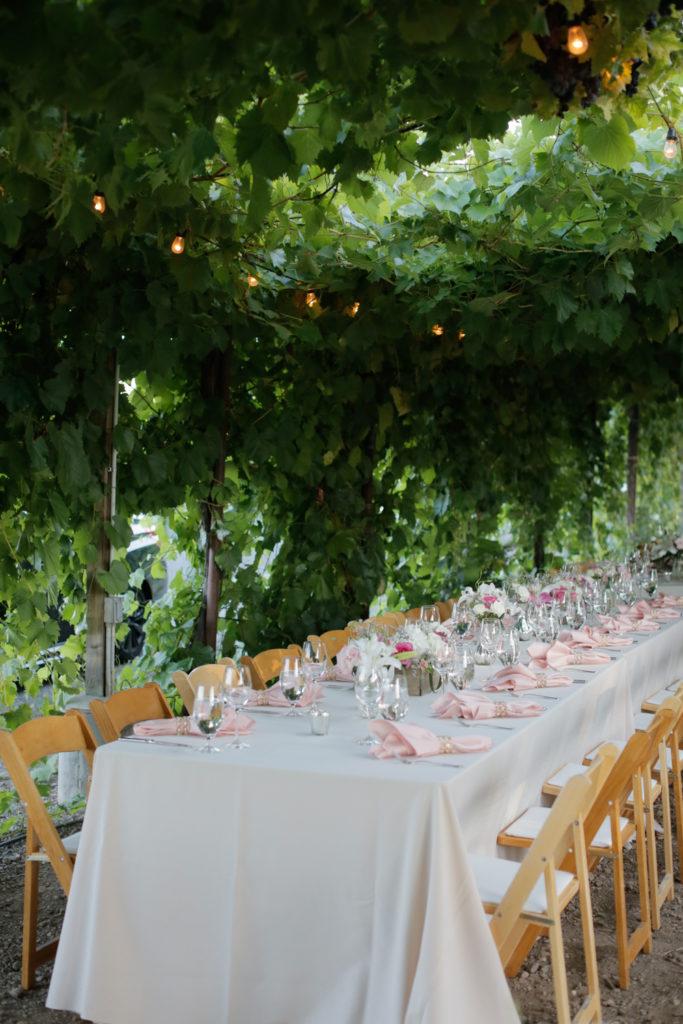 vineyard wedding dinner