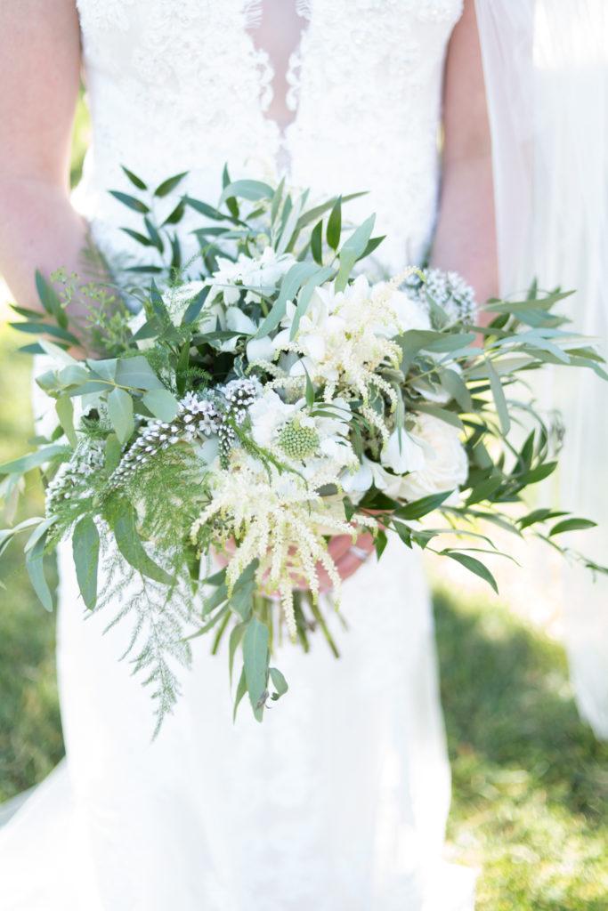White wedding bouqette