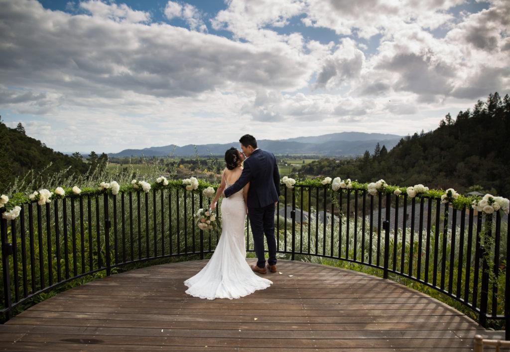 Auberge Du Soleil wedding by Magdalena Stefanek
